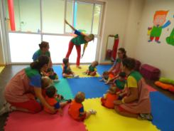 "Projecto musical Centro infantil ""Trazos y rayajos"", segun la Music Learning Theory"